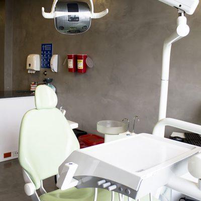 Silla odontológica para atender a los pacientes de HSO Hospital de Servicios Odontológicos